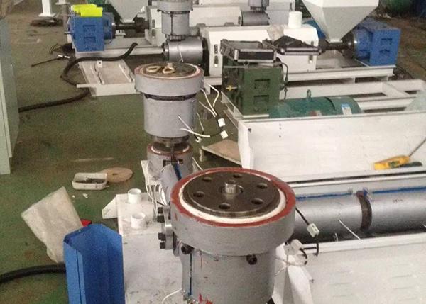 塑料行业吹膜机